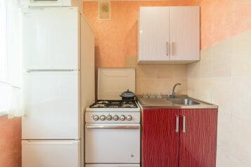 3-комн. квартира, 63 кв.м. на 7 человек, улица Сталеваров, 6, Правобережный район, Магнитогорск - Фотография 4