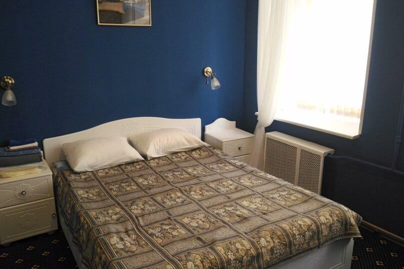 Номер С большой двухспальной кроватью, Вознесенский проспект, 3-5, Санкт-Петербург - Фотография 3