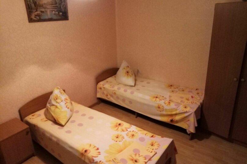 """Гостевой дом """"На Ягодной 4"""", Ягодная, 4 на 6 комнат - Фотография 9"""