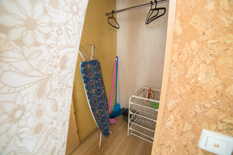 1-комн. квартира, 34 кв.м. на 4 человека, проспект Карла Маркса, 34, Омск - Фотография 6