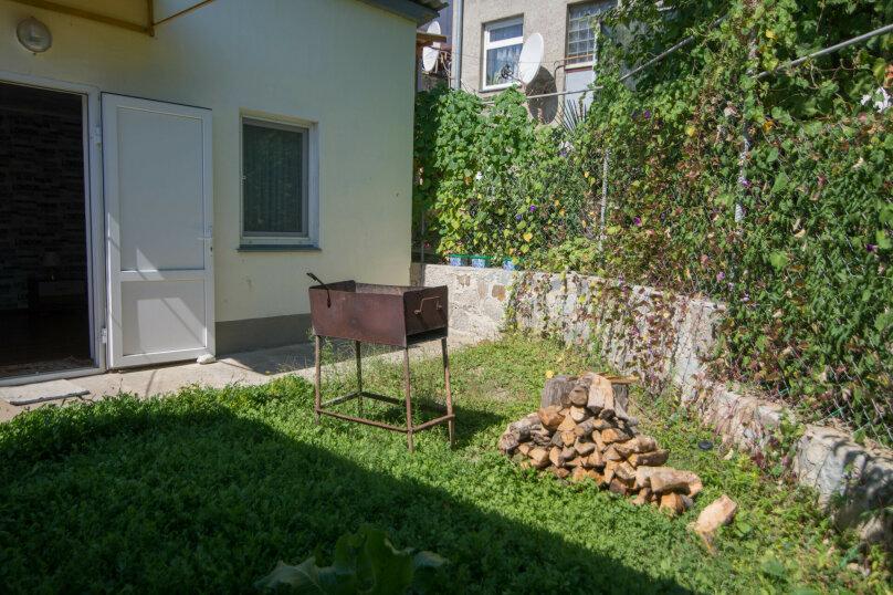 Дом для отдыха, 40 кв.м. на 8 человек, 2 спальни, Кастельская, 6, Лазурное, Алушта - Фотография 6
