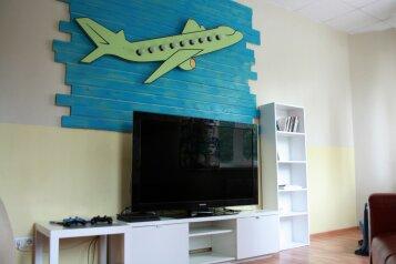 Дизайнерский хостел, улица Хохрякова, 72А на 6 номеров - Фотография 3