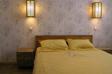 2-комн. квартира, 45 кв.м. на 4 человека, Большая Морская улица, 5, Севастополь - Фотография 2