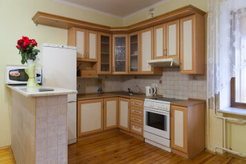 3-комн. квартира, 153 кв.м. на 6 человек, улица Степана Халтурина, 8, Тюмень - Фотография 3
