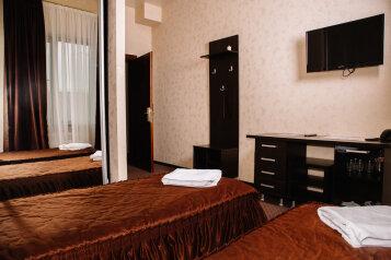Эконом:  Номер, Эконом, 2-местный, 1-комнатный, Отель , Уральская улица на 16 номеров - Фотография 4