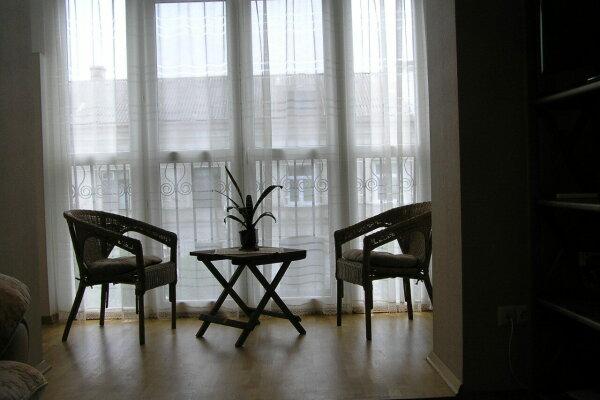 2-комн. квартира, 45 кв.м. на 4 человека, Большая Морская улица, 5, Севастополь - Фотография 1