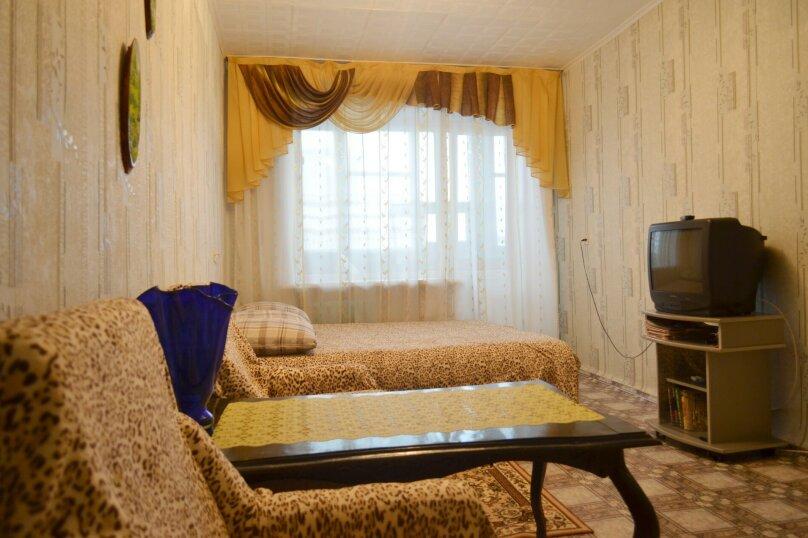 1-комн. квартира, 36 кв.м. на 4 человека, улица Карла Маркса, 139, Красноярск - Фотография 5