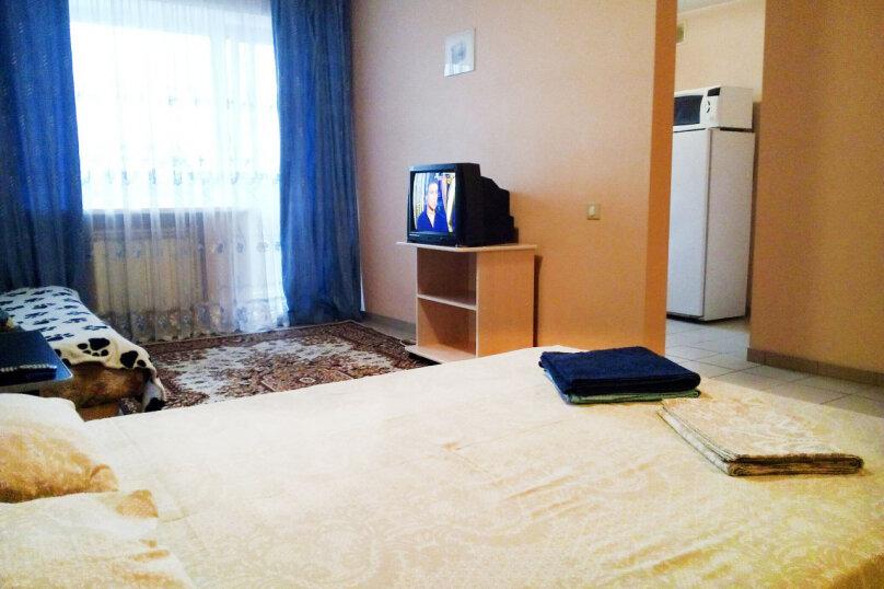 1-комн. квартира, 37 кв.м. на 3 человека, улица Карла Маркса, 146, Красноярск - Фотография 4