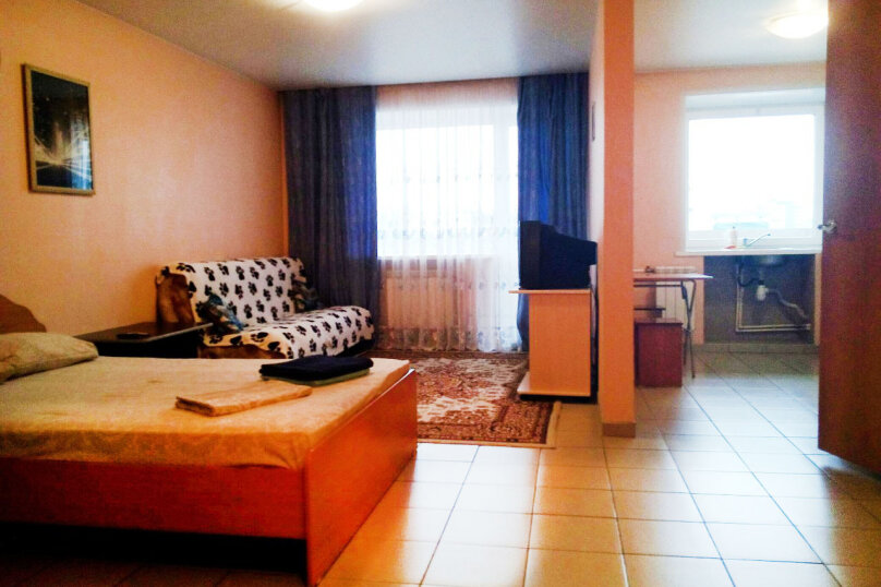 1-комн. квартира, 37 кв.м. на 3 человека, улица Карла Маркса, 146, Красноярск - Фотография 5