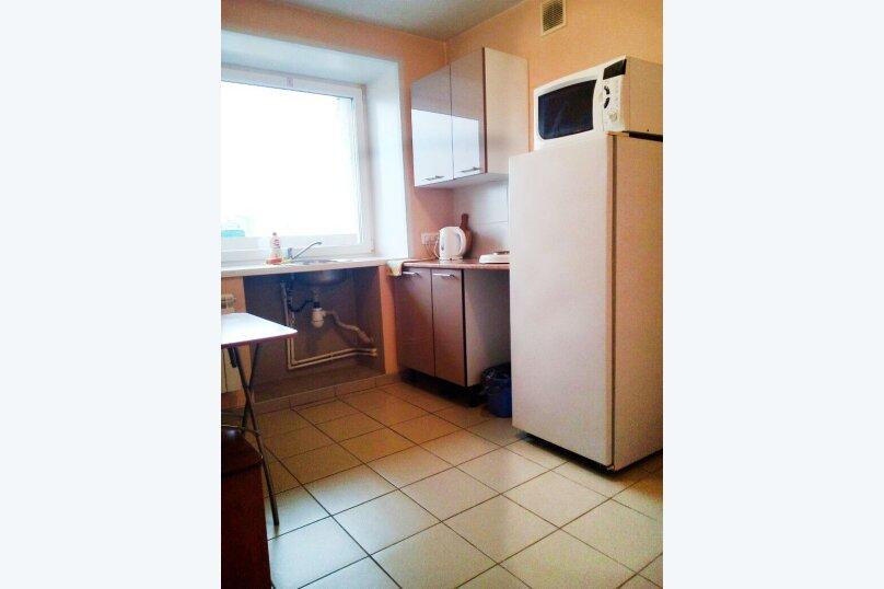 1-комн. квартира, 37 кв.м. на 3 человека, улица Карла Маркса, 146, Красноярск - Фотография 6