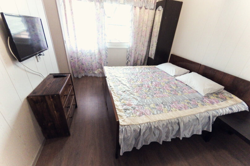 4х местная комната с 2мя спальнями, улица Гоголя, 29, Архипо-Осиповка - Фотография 1