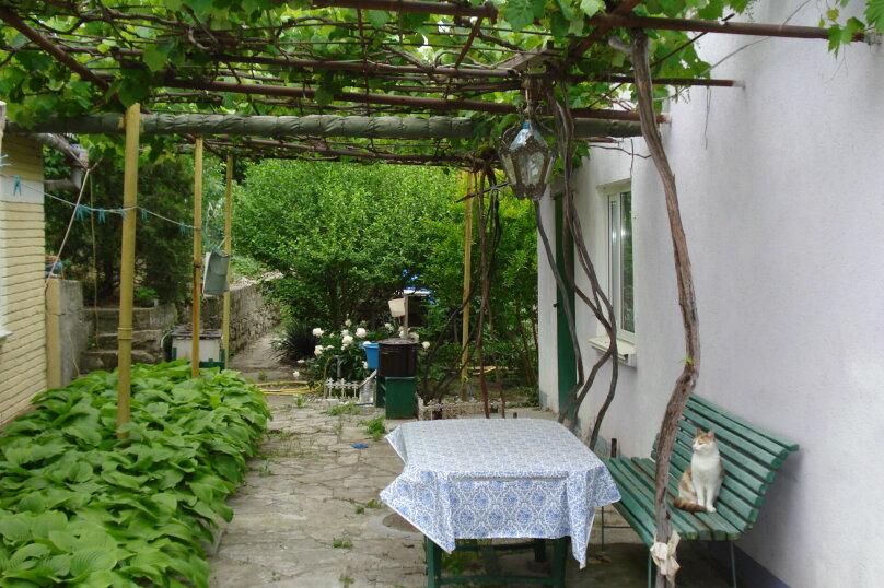 Дом, 41 кв.м. на 4 человека, 1 спальня, улица Ленина, 30, Феодосия - Фотография 1