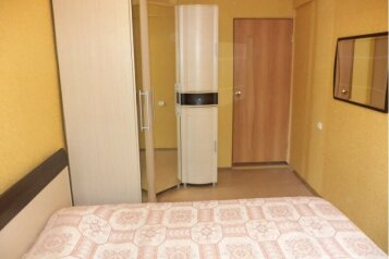 2-комн. квартира, 50 кв.м. на 4 человека, улица Менделеева, Нижневартовск - Фотография 2