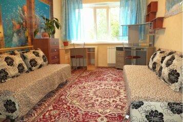 2-комн. квартира, 50 кв.м. на 4 человека, улица Менделеева, Нижневартовск - Фотография 3