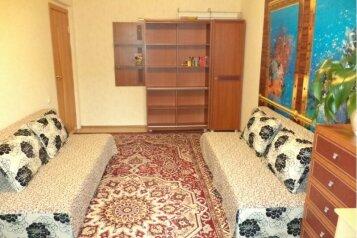 2-комн. квартира, 50 кв.м. на 4 человека, улица Менделеева, Нижневартовск - Фотография 4