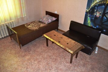 1-комн. квартира, 42 кв.м. на 3 человека, проспект Гагарина, 18, Смоленск - Фотография 2