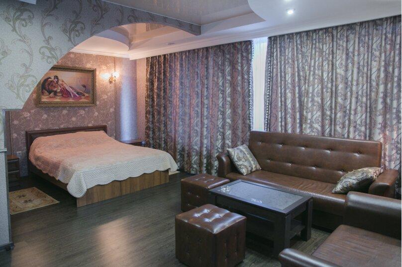 """Отель """"На Академика Бардина 21А"""", улица Академика Бардина, 21А на 13 номеров - Фотография 4"""