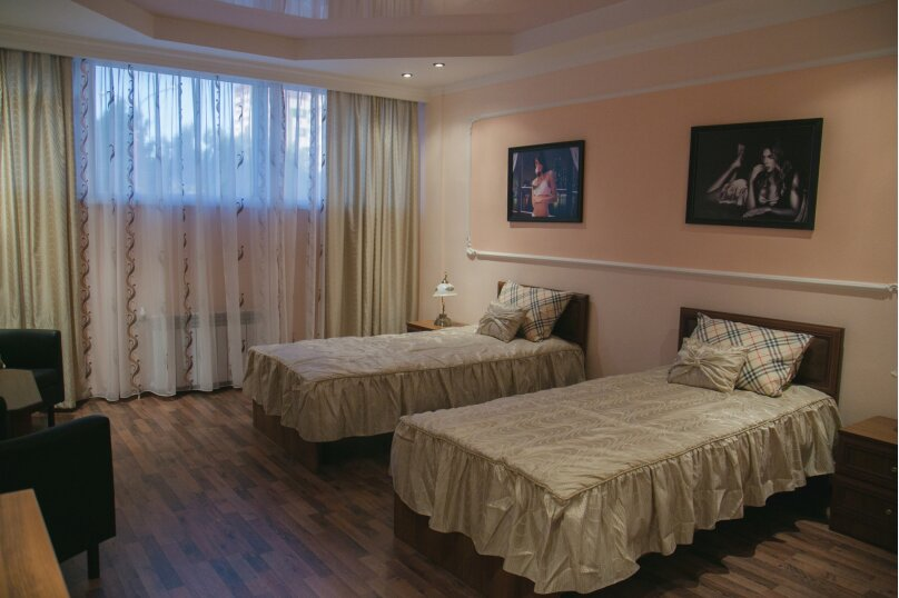 """Отель """"На Академика Бардина 21А"""", улица Академика Бардина, 21А на 13 номеров - Фотография 10"""
