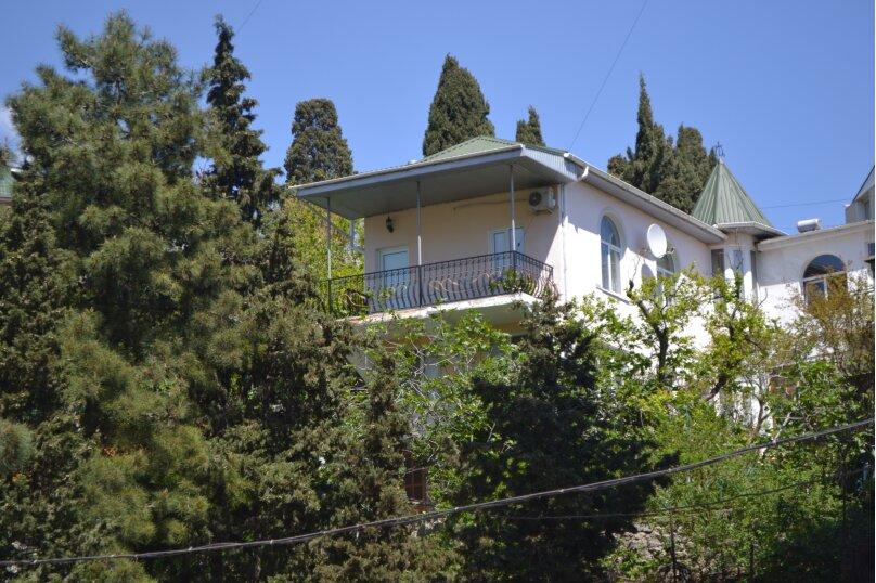 Дом для семейного отдыха, 125 кв.м. на 8 человек, 2 спальни, Рабочая улица, 7А, Ялта - Фотография 1
