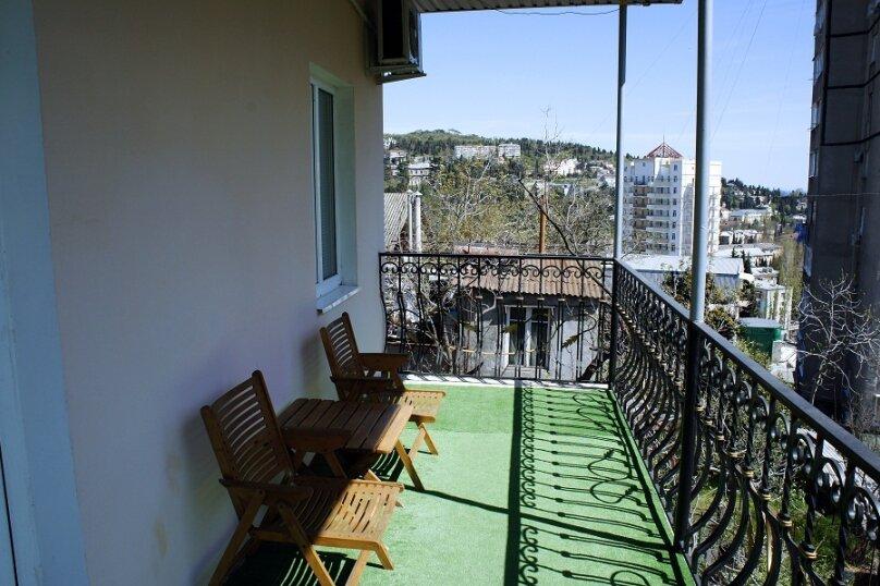 Дом для семейного отдыха, 125 кв.м. на 8 человек, 2 спальни, Рабочая улица, 7А, Ялта - Фотография 13