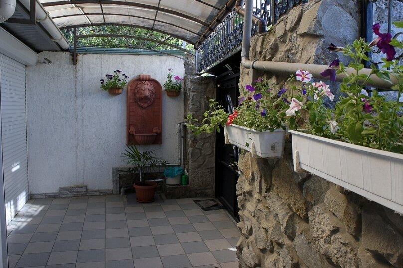Дом для семейного отдыха, 125 кв.м. на 8 человек, 2 спальни, Рабочая улица, 7А, Ялта - Фотография 19