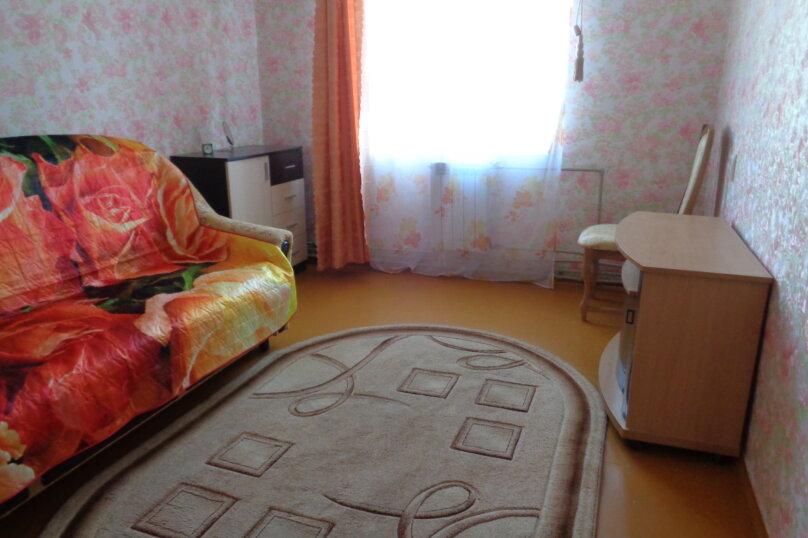 3-комн. квартира, 62 кв.м. на 8 человек, Севастопольская улица, 14, Саки - Фотография 8