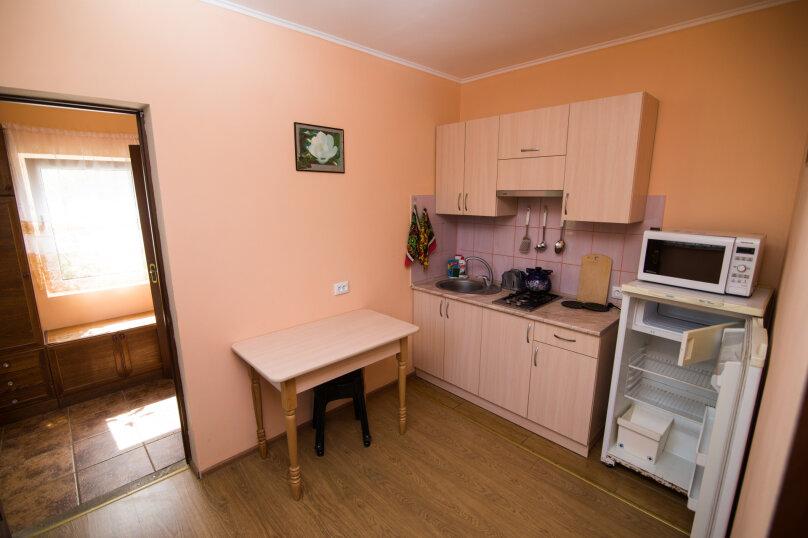 Дом для отдыха, 40 кв.м. на 8 человек, 2 спальни, Кастельская, 6, Лазурное, Алушта - Фотография 13