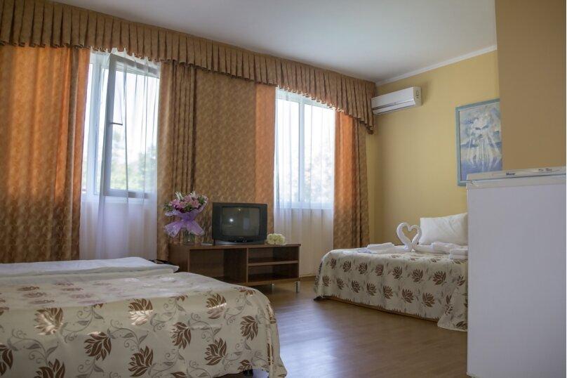 """Отель """"Ай-Лия"""", улица Багрова, 10 на 35 номеров - Фотография 12"""