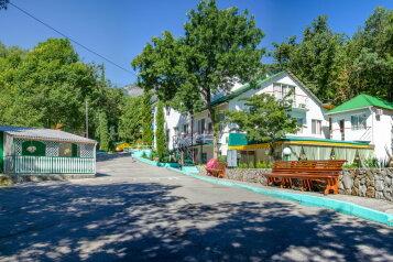 """Отель """"Ай-Лия"""", улица Багрова, 10 на 35 номеров - Фотография 1"""
