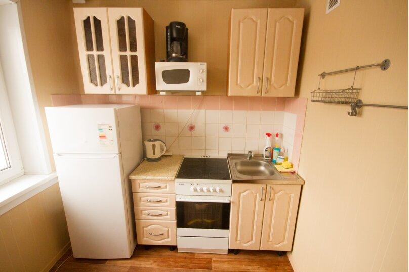 2-комн. квартира, 50 кв.м. на 4 человека, улица Достоевского, 16, Новосибирск - Фотография 5