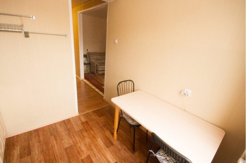 2-комн. квартира, 50 кв.м. на 4 человека, улица Достоевского, 16, Новосибирск - Фотография 6