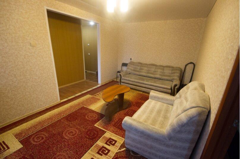 2-комн. квартира, 50 кв.м. на 4 человека, улица Достоевского, 16, Новосибирск - Фотография 9