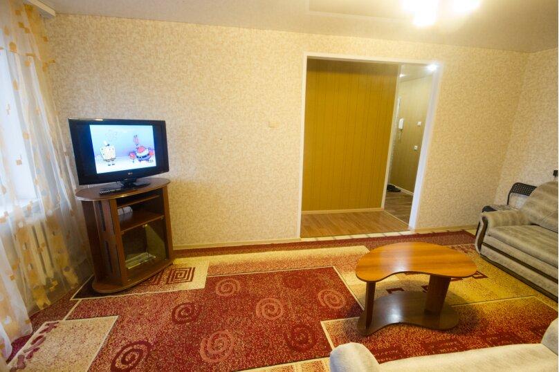 2-комн. квартира, 50 кв.м. на 4 человека, улица Достоевского, 16, Новосибирск - Фотография 10