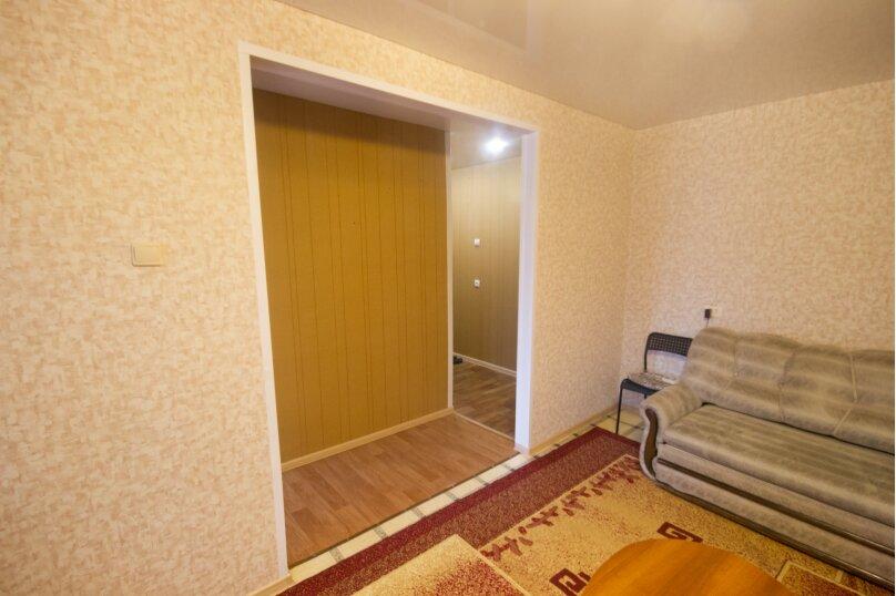 2-комн. квартира, 50 кв.м. на 4 человека, улица Достоевского, 16, Новосибирск - Фотография 13