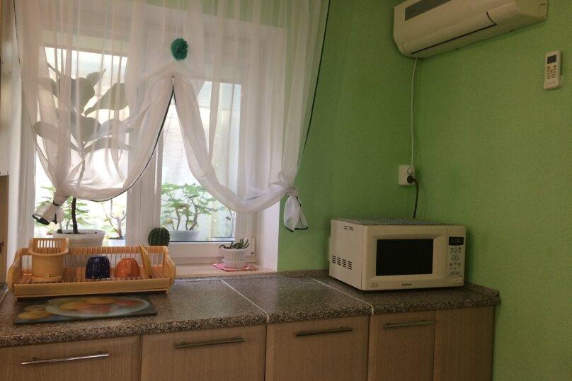 Дом под ключ, 100 кв.м. на 7 человек, 2 спальни, Кооперативная, 18, Черноморское - Фотография 14