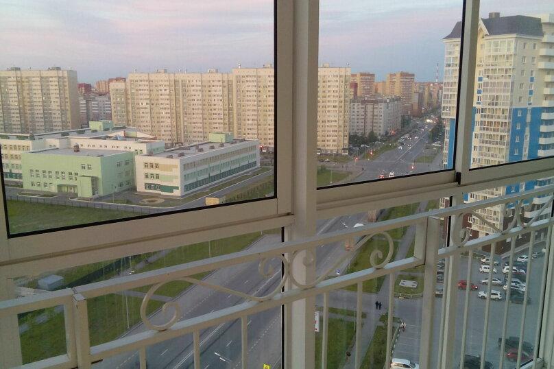 1-комн. квартира, 30 кв.м. на 2 человека, улица Дмитрия Менделеева, 14, Тюмень - Фотография 4