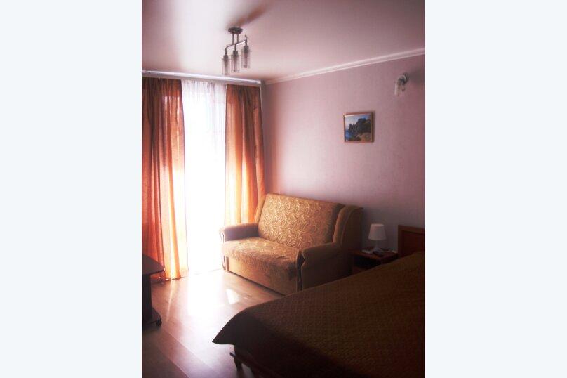 Стандартный двухместный номер с балконом, 2-й Профсоюзный проезд, 3, Феодосия - Фотография 2