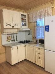 Дом у озера, 90 кв.м. на 8 человек, 2 спальни, дер. Голубково, Центральная, Санкт-Петербург - Фотография 3