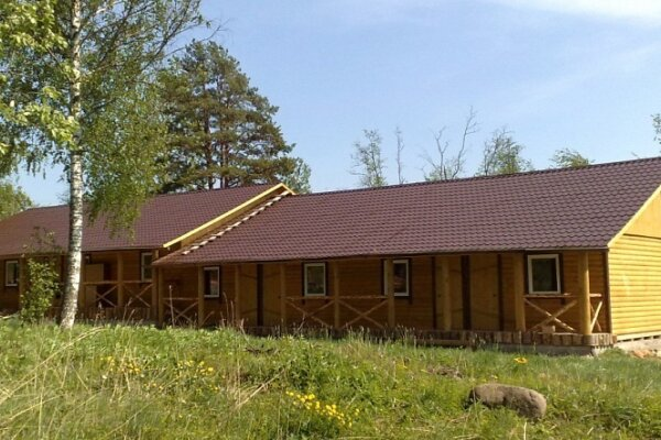 Гостиница на территории базы отдыха, Ленинградская область, Беличье на 12 номеров - Фотография 1