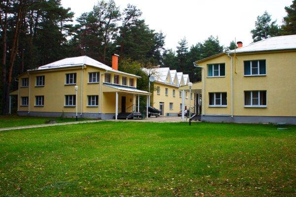 Гостиница, деревня Великодворье, 1 на 12 номеров - Фотография 1