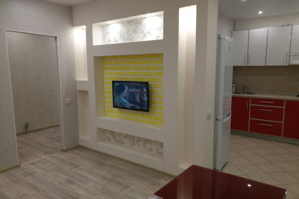 2-комн. квартира, 46 кв.м. на 5 человек, улица Богдановича, 8, Ярославль - Фотография 1