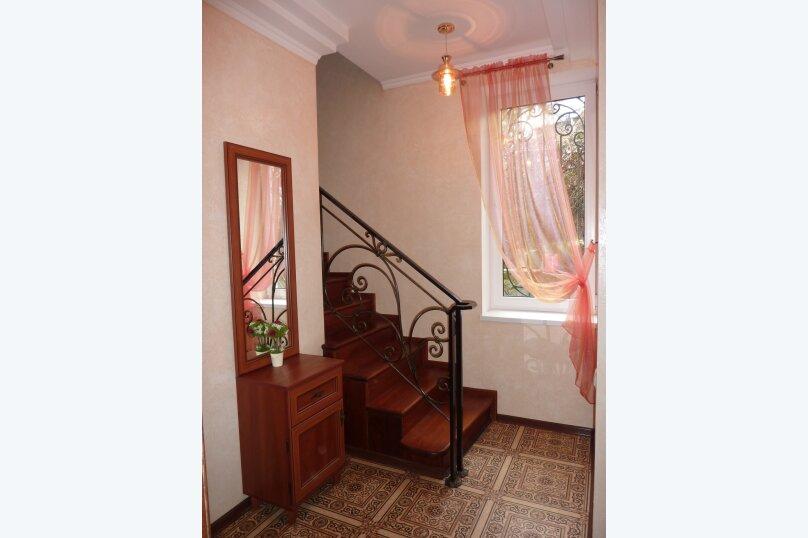 2-х этажный домик в Гурзуфе недалеко от моря, 90 кв.м. на 8 человек, 3 спальни, Гурзуфское шоссе, 9А, Гурзуф - Фотография 3