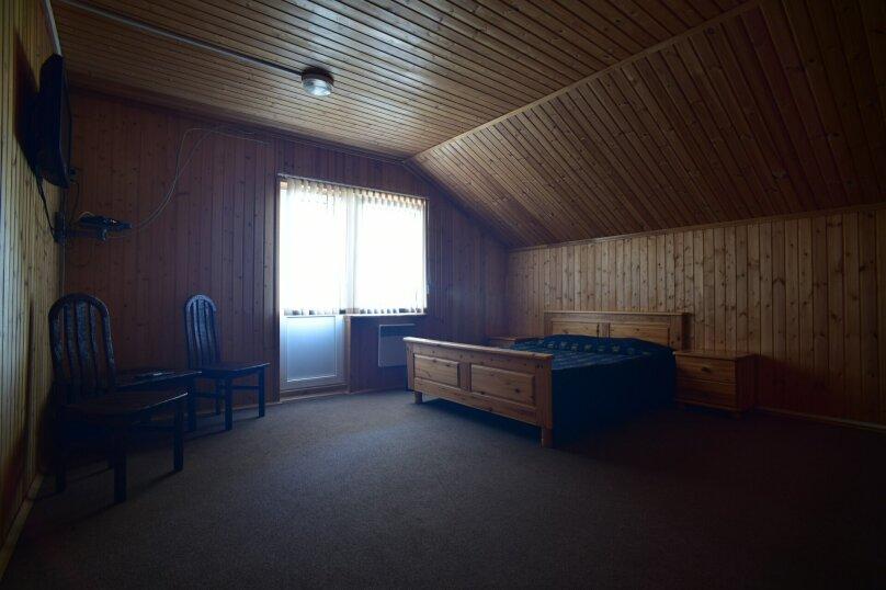 Загородный клуб на берегу озера, Офицерская улица, 23 на 6 номеров - Фотография 30