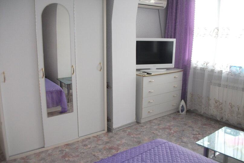 2-комн. квартира, 40 кв.м. на 4 человека, улица Ленина, 28, Алушта - Фотография 5