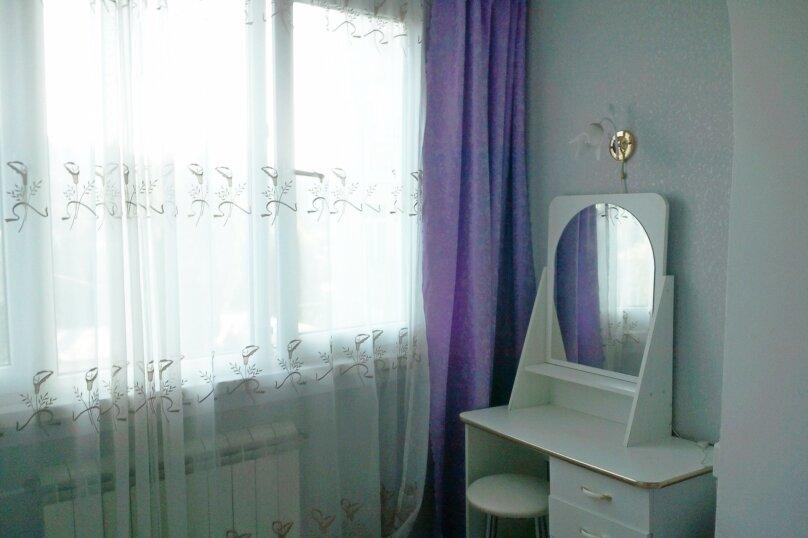 2-комн. квартира, 40 кв.м. на 4 человека, улица Ленина, 28, Алушта - Фотография 10