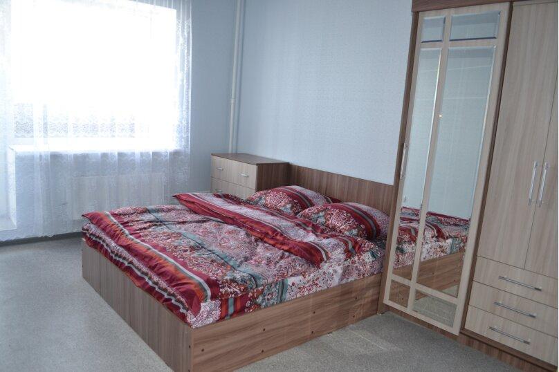 2-комн. квартира, 50 кв.м. на 4 человека, улица Мира, 142, Волжский, Волгоградская область  - Фотография 3