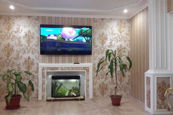 Шикарный 4х комнатный дом под ключ, 100 кв.м. на 8 человек, 3 спальни, Хасановская улица, Динамо, Феодосия - Фотография 1
