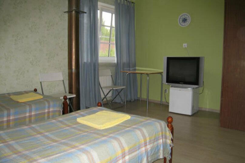 Трехместный номер с общей ванной комнатой, Разметелевская улица, 47, Санкт-Петербург - Фотография 2