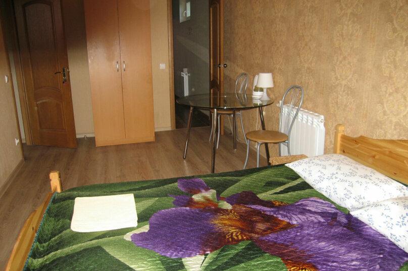 2-местный номер с 2х-спальной кроватью и душем в номере, Разметелевская улица, 47, Санкт-Петербург - Фотография 3