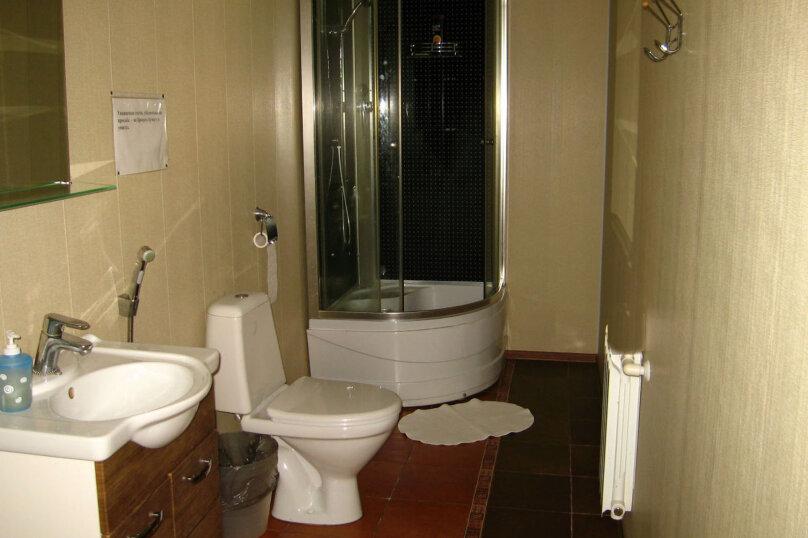 2-местный номер с 2х-спальной кроватью и душем в номере, Разметелевская улица, 47, Санкт-Петербург - Фотография 4